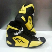 harga Sepatu Drag-touring-motor-casual-alpinestar-non Dainese Tokopedia.com