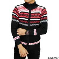 Men Sweater Outerwear Rajut Hitam SWE 957 [DISTRIBUTOR]