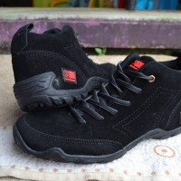 Sepatu Karrimor Tracking Gunung/SNTA/TNF/EIGER/SALOMON/REI/CONSINA