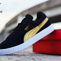 harga Sepatu Puma Suede Casual Sneakers Black Gold Tokopedia.com