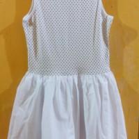 Dress Polkadot Putih Size 10 thn Merek Est. 1989 Place