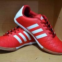 Sepatu Adidas Futsal / Bola / Football / Nike / Puma / Kappa / Specs