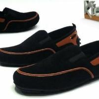 Sepatu Slop Pria Kickers Hunter Slip On Leathers Suede 04
