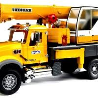 Mainan Diecast Bruder MACK Granite Liebherr crane truck