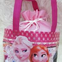 Tas serut Spunbond / Goodie bag / Tas Souvenir Ultah Anak Frozen Pink