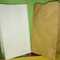 Paper Bag / Kantong Kertas Roti ukuran 12.5x21+8cm Putih dan Coklat