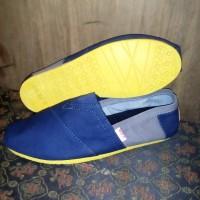harga sepatu wakai navy abu sol kuning Tokopedia.com