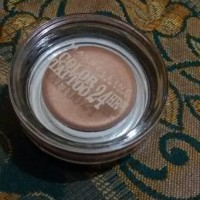 Maybelline color tattoo 24 hours (bronze)