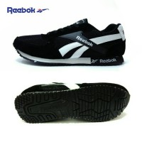 harga Sepatu Reebok Hitam Putih Tokopedia.com