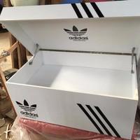 rak sepatu adidas / giant box (+kaca&+lampu)
