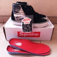 Vans Sk8 x supreme x bruce lee BLACK/GREY size 7.5 US