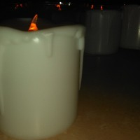 Lampu Lilin Putih Elektrik Besar 5 x 4,5