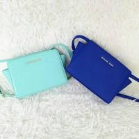 Tas Branded Michael Kors Mini Messenger Selma - Mint & Blue