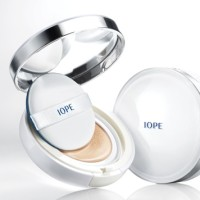 Iope Air Cushion XP SPF50+ PA+++ (Puff & Refill Included)
