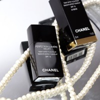 CHL - Chanel - Perfection lumiere velvet foundation