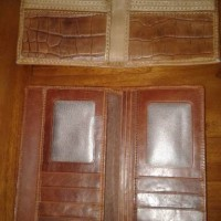 dompet dari kulit buaya