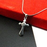 Kalung Liontin Titanium Salib / Cross Necklace HQ SS28X16