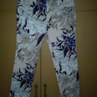 minimal jeans