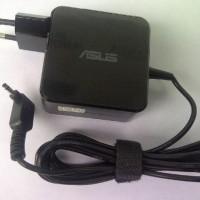 Adaptor / charger / casan laptop ASUS 19V 2.37A 3.0 x 1.1mm - Origin