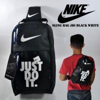 harga Tas Selempang Nike Sepatu Slingbag Pria Nike Sling Jdi Black White Tokopedia.com
