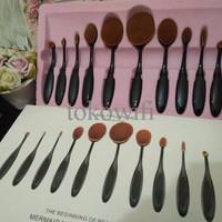 PROMO BULAN INI Oval Blending Brush Set Foundation / Kuas Set Isi 10 P