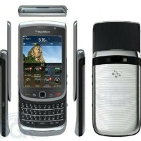 BLACKBERRY TOUCH 9810 garansi distributor 2thun. free perdana indosat