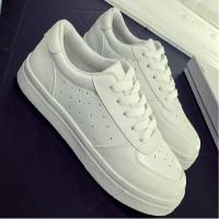 Lstore - Sepatu Kets Wanita Putih Solid