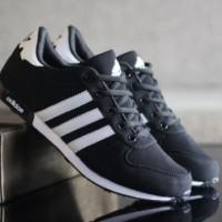 Sepatu Adidas For Man Hitam Putih