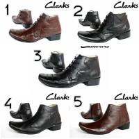 Sepatu Pantofel Clarks Kulit