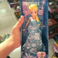 "Figur Frozen Elsa bisa full 1 lagu ""Let it go"""