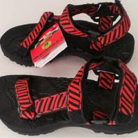 sandal gunung merk eiger warna merah