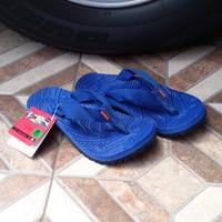sandal gunung merk eiger warna biru