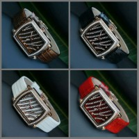Jam Tangan Wanita Gucci Zebra Leather Strap