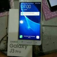 Samsung Galaxy J3 Pro 2017 GOLD BNIB