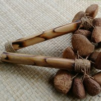 harga Maracas With Bamboo Handle Nature Wild Bean Shell Maracas, Maracas Tokopedia.com