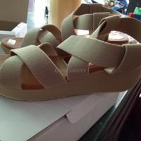 Sandal Wedges Wanita Karet SDW217 CF Diskon