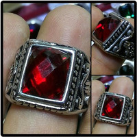 Cincin Batu Red Garnet Octagone Full Cut