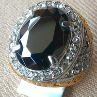 Cincin Batu Black Onyx Top Crystal