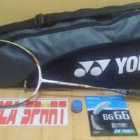 raket badminton YONEX carbonex 8000