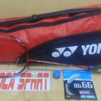 raket badminton YONEX carbonex 8000 limited red