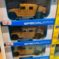 miniatur Mobil jeep humvee 1:27 maisto