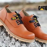 Jual SEPATU SAFETY BOOTS PRIA KERJA PROYEK CATERPILLAR Baru | Sepatu