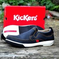 Sepatu Casual Pria Kickers Hoxie Hitam