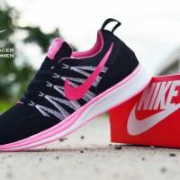 Sepatu Nike Flyknit Racer Original Vietnam Sepatu Wanita