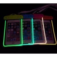 Tas Anti Air Untuk Smartphone Glow In the Dark