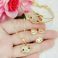 Set hello kitty anak ( kalung + anting + gelang + cincin )