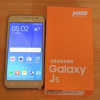 Samsung Galaxy J5 Pin D4060748