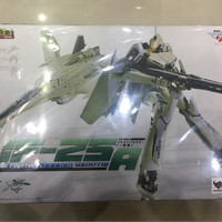 MACROSS VF-25A MESSIAH VALKRIE