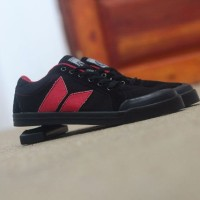 harga Sepatu Macbeth Casual Sport Pria Made Vietnam Tokopedia.com