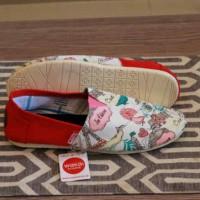 harga Sepatu Wanita Wakai Slip On Motif Lukis Casual Santai Flat Shoes #5 Tokopedia.com